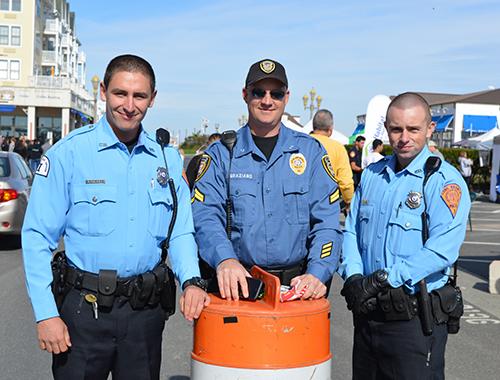 3 cops 0847